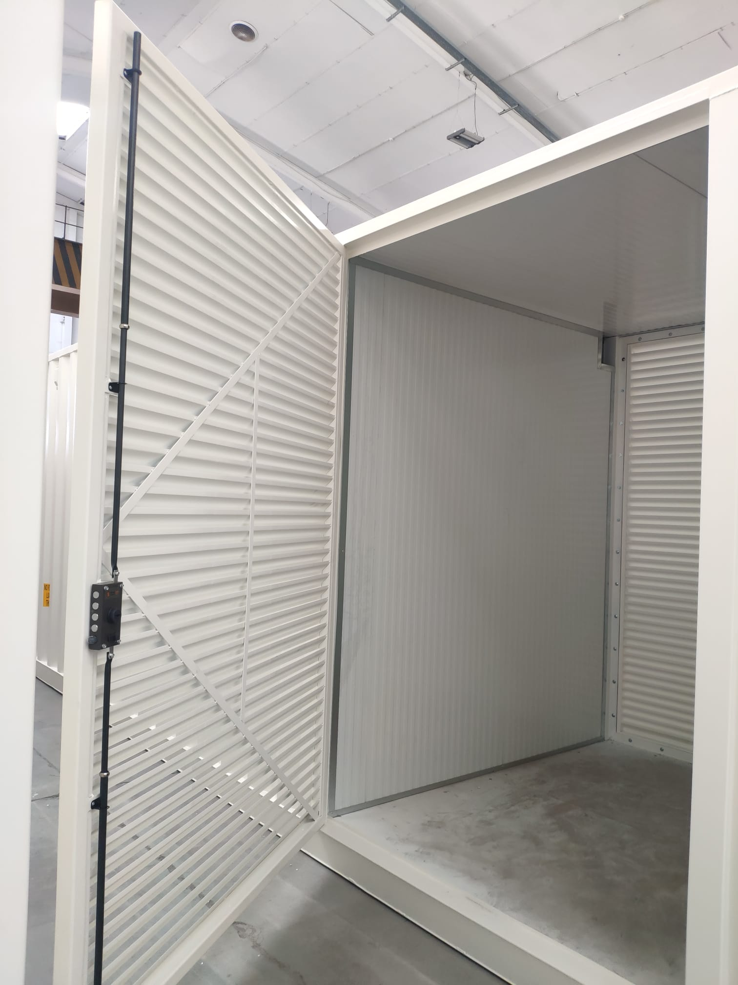 bullbox contenedores almacenamiento energia 03 - Containers for Energy Stockage