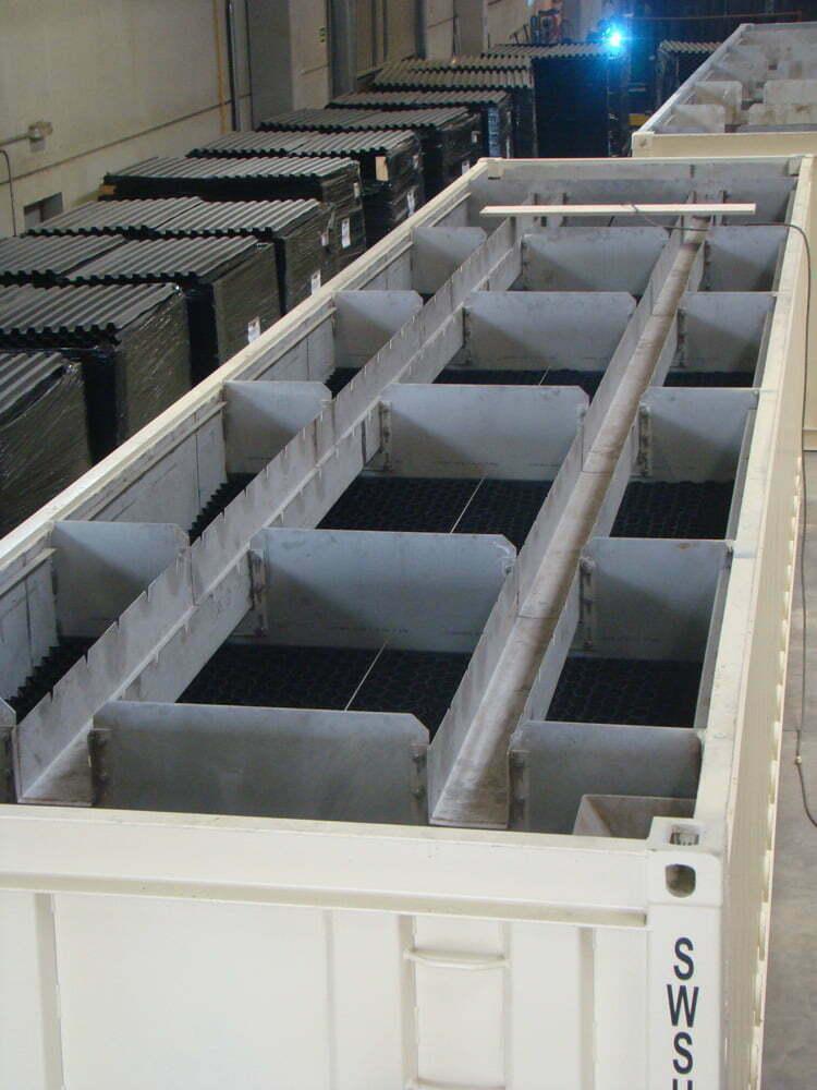 interior contenedor - Contenedores para tratamiento de agua